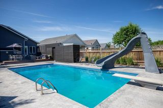 Photo 32: 62 Orchard Hill Drive in Winnipeg: Royalwood Residential for sale (2J)  : MLS®# 202121739
