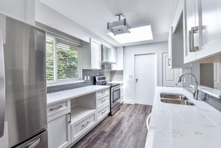 Photo 7: 1613 142 Street in Surrey: Sunnyside Park Surrey House for sale (South Surrey White Rock)  : MLS®# R2217174