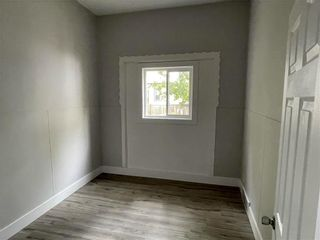 Photo 7: 355 Magnus Avenue in Winnipeg: North End Residential for sale (4A)  : MLS®# 202123163
