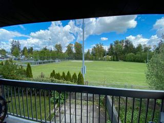 Photo 1: 204 33870 FERN Street in Abbotsford: Central Abbotsford Condo for sale : MLS®# R2570775