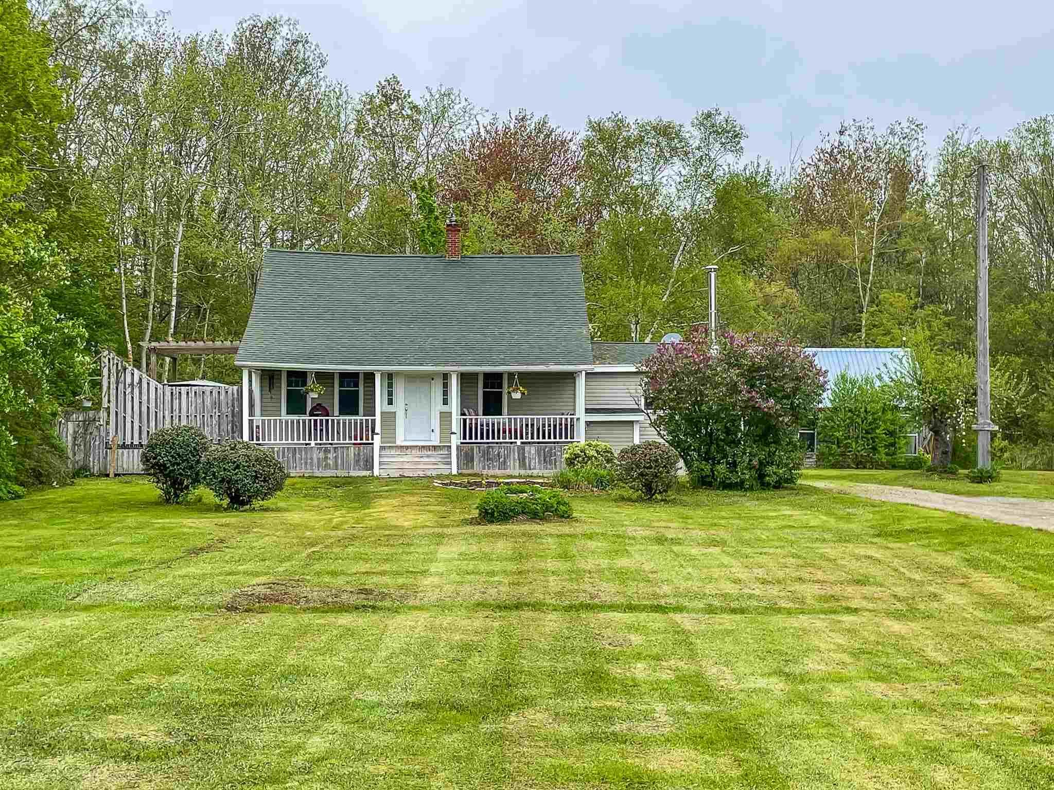 Main Photo: 59 Ratchford Road in Waterville: 404-Kings County Residential for sale (Annapolis Valley)  : MLS®# 202112439