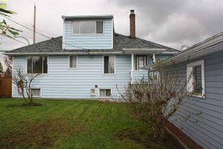 Photo 10: 934 CHILLIWACK Street in New Westminster: The Heights NW House for sale : MLS®# R2047913