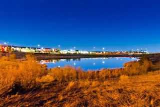 Photo 1: #423 35 ASPENMONT HT SW in Calgary: Aspen Woods Condo for sale : MLS®# C4207910
