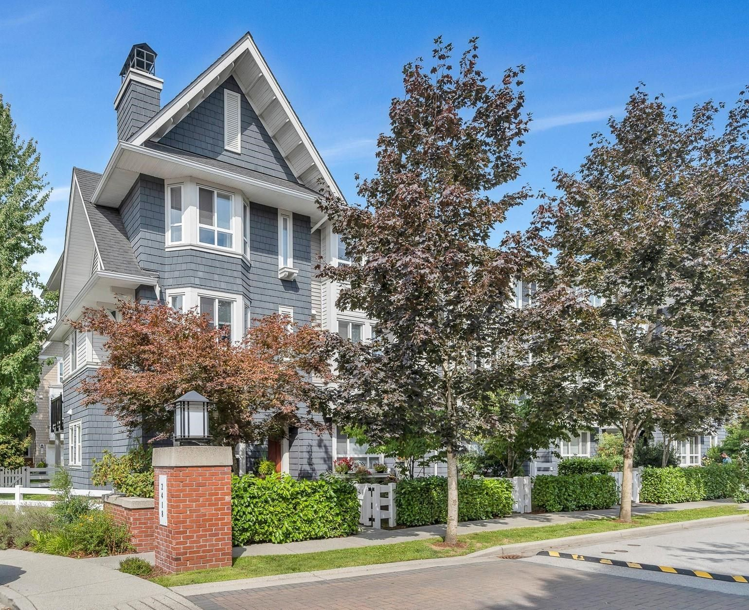"""Main Photo: 41 2418 AVON Place in Port Coquitlam: Riverwood Townhouse for sale in """"LINKS"""" : MLS®# R2612468"""