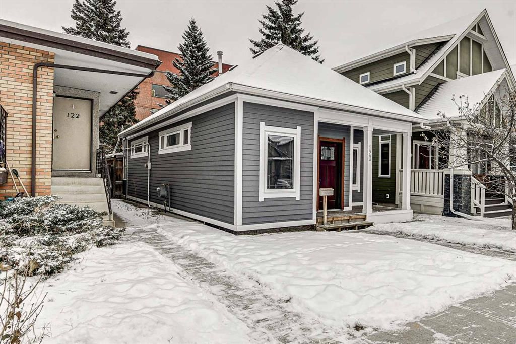 Main Photo: 120 15 Street NW in Calgary: Hillhurst Detached for sale : MLS®# A1050492