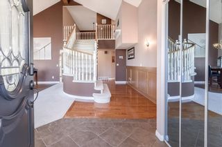 Photo 2: 248 WOOD VALLEY Bay SW in Calgary: Woodbine Detached for sale : MLS®# C4211183