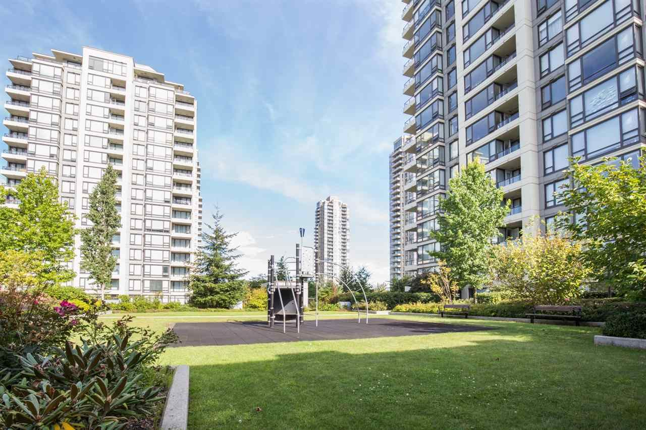 "Photo 1: Photos: 1002 4118 DAWSON Street in Burnaby: Brentwood Park Condo for sale in ""TANDEM TOWER 1"" (Burnaby North)  : MLS®# R2101410"
