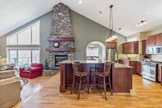 Photo 5: 218 Valley Crest Court NW in Calgary: Valley Ridge Detached for sale : MLS®# A1101565