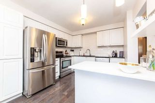 Photo 7: 17 Graham Court in Whitby: Pringle Creek House (2-Storey) for sale : MLS®# E4443995