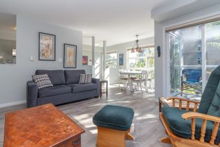 Photo 3: 304 853 North Park St in : Vi Central Park Condo for sale (Victoria)  : MLS®# 854286