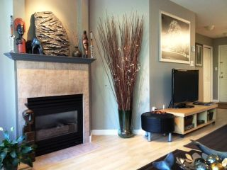 """Photo 4: 314 519 12TH Street in New Westminster: Uptown NW Condo for sale in """"KINGSGATE"""" : MLS®# V1003061"""