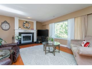 """Photo 5: 20358 41A Avenue in Langley: Brookswood Langley House for sale in """"Brookswood"""" : MLS®# R2464569"""