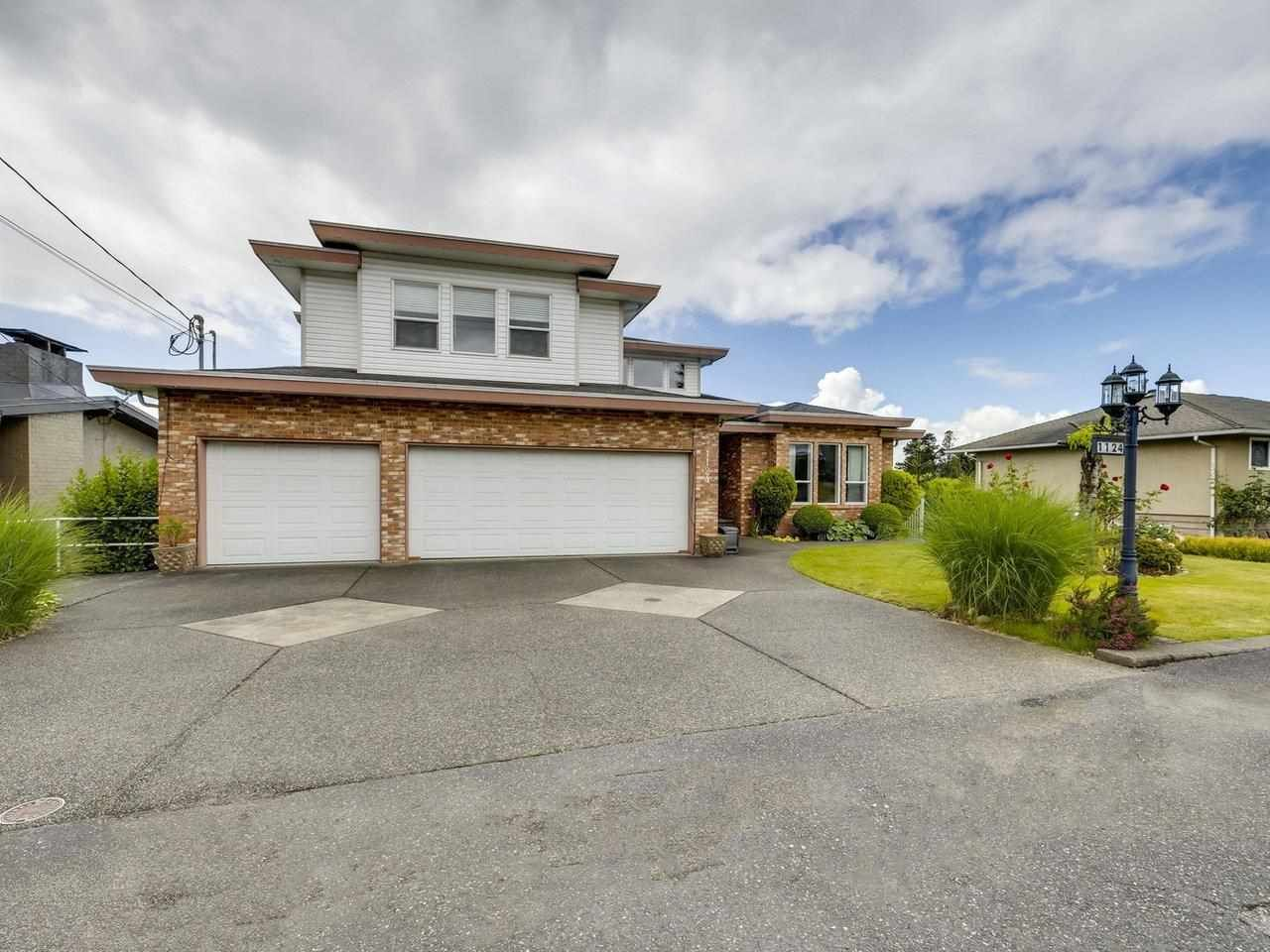 Main Photo: 1124 DANSEY Avenue in Coquitlam: Central Coquitlam House for sale : MLS®# R2589636