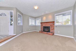 Photo 6: 4299 Panorama Pl in VICTORIA: SE Lake Hill House for sale (Saanich East)  : MLS®# 774088