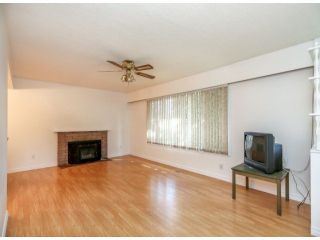 """Photo 2: 15176 CANARY DR in Surrey: Bolivar Heights House for sale in """"Birdland"""" (North Surrey)  : MLS®# F1317049"""