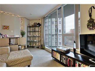 """Photo 11: 703 1212 HOWE Street in Vancouver: Downtown VW Condo for sale in """"1212 HOWE"""" (Vancouver West)  : MLS®# V1111343"""