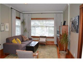 Photo 2: 21 E 17TH AV in Vancouver: Main House for sale (Vancouver East)  : MLS®# V1046618