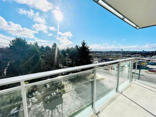 Photo 5: 711 433 SW MARINE Drive in Vancouver: Marpole Condo for sale (Vancouver West)  : MLS®# R2562915