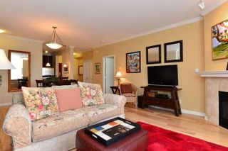 "Photo 3: 304 1551 FOSTER Street: White Rock Condo for sale in ""Sussex House"" (South Surrey White Rock)  : MLS®# R2091761"