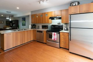 """Photo 3: 69 7179 201 Street in Langley: Willoughby Heights Townhouse for sale in """"Denim 1"""" : MLS®# R2605573"""