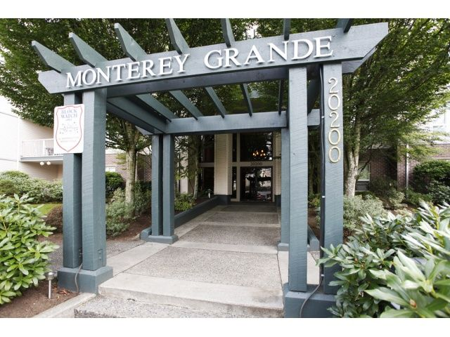 Main Photo: 410 20200 54A Ave in Langley: Langley City Condo for sale : MLS®# F1404718