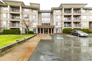 """Photo 1: 201 45559 YALE Road in Chilliwack: Chilliwack W Young-Well Condo for sale in """"THE VIBE"""" : MLS®# R2536029"""