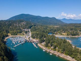 "Photo 4: LOT 10 FOXGLOVE LANE: Bowen Island Land for sale in ""Village by the Cove"" : MLS®# R2505718"