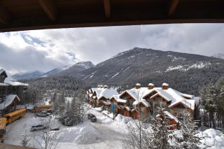 Photo 2: 414 - 2060 SUMMIT DRIVE in Panorama: Condo for sale : MLS®# 2461119