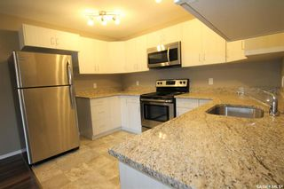 Photo 3: 303 825 Gladstone Street East in Swift Current: South East SC Residential for sale : MLS®# SK840052