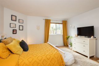 Photo 5: 332 ST. PATRICK'S Avenue in North Vancouver: Lower Lonsdale 1/2 Duplex for sale : MLS®# R2556186