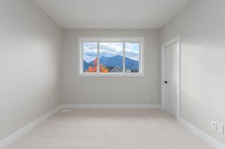 "Photo 12: 2958 STRANGWAY Place in Squamish: University Highlands House for sale in ""UNIVERSITY HEIGHTS"" : MLS®# R2531454"