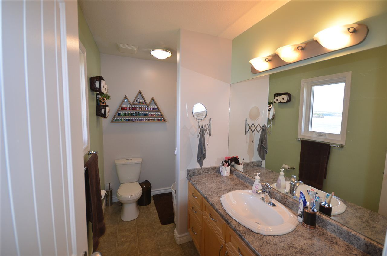 Photo 11: Photos: 13759 GOLF COURSE Road: Charlie Lake Manufactured Home for sale (Fort St. John (Zone 60))  : MLS®# R2453494