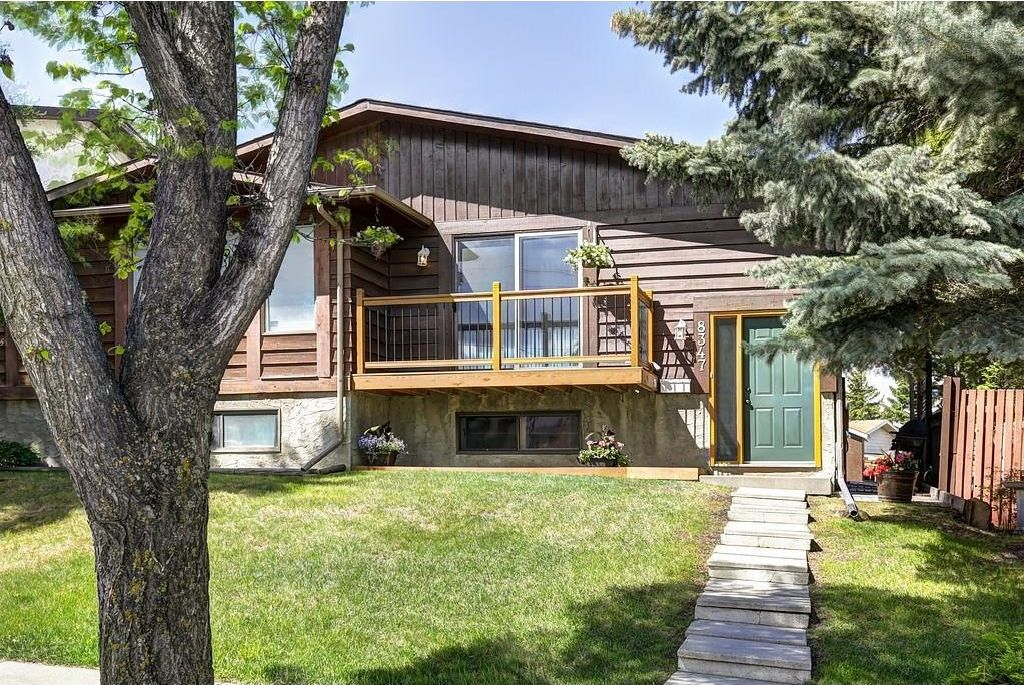 Main Photo: 8347 CENTRE Street NW in Calgary: Beddington Heights House for sale