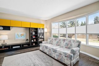 Photo 7: 304 Varsity Estates Place NW in Calgary: Varsity Detached for sale : MLS®# A1098000