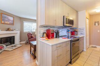 Photo 5: 107 1201 Hillside Ave in : Vi Hillside Condo for sale (Victoria)  : MLS®# 863559