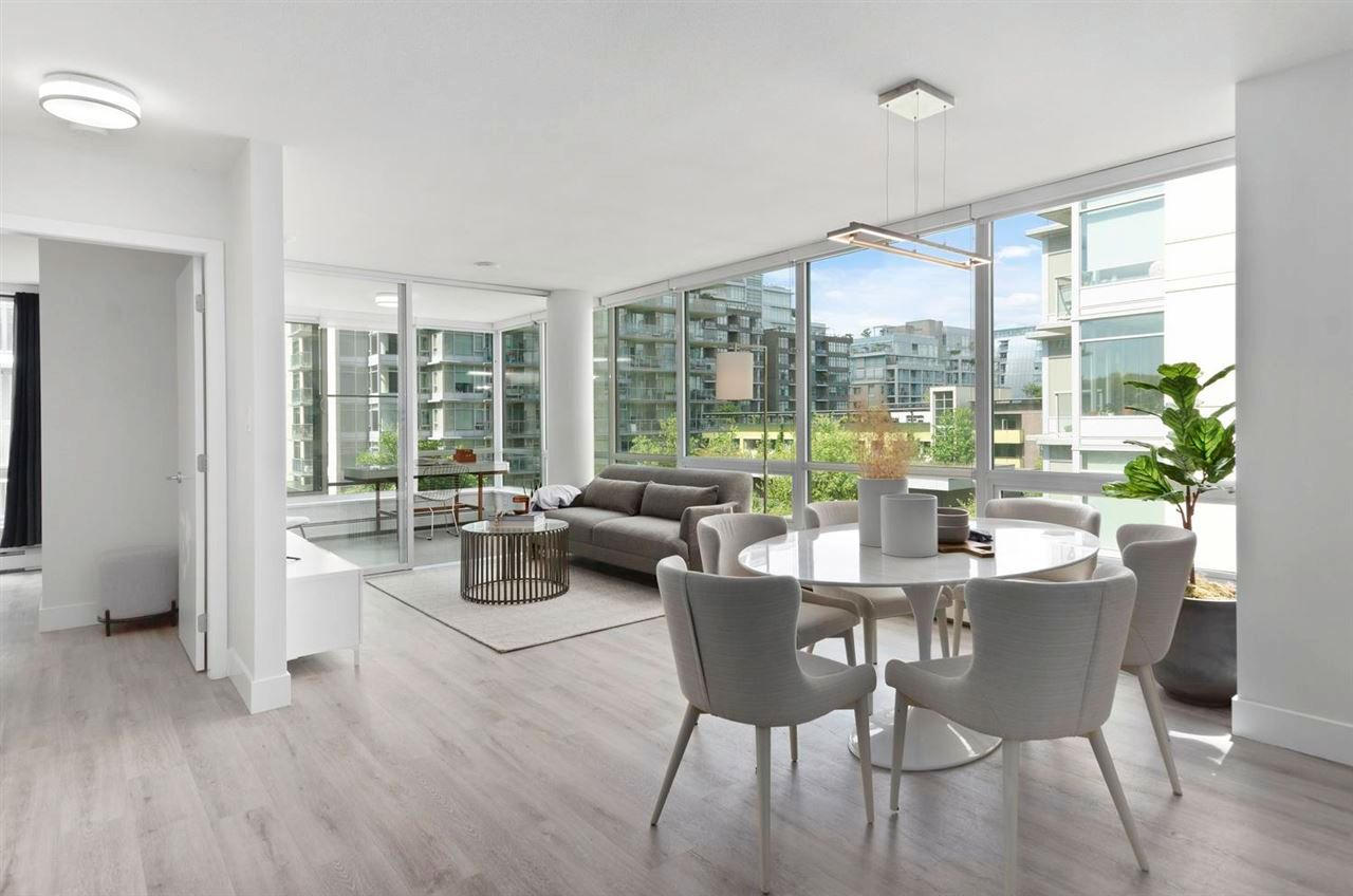 """Main Photo: 619 1783 MANITOBA Street in Vancouver: False Creek Condo for sale in """"The Residences at West"""" (Vancouver West)  : MLS®# R2579373"""