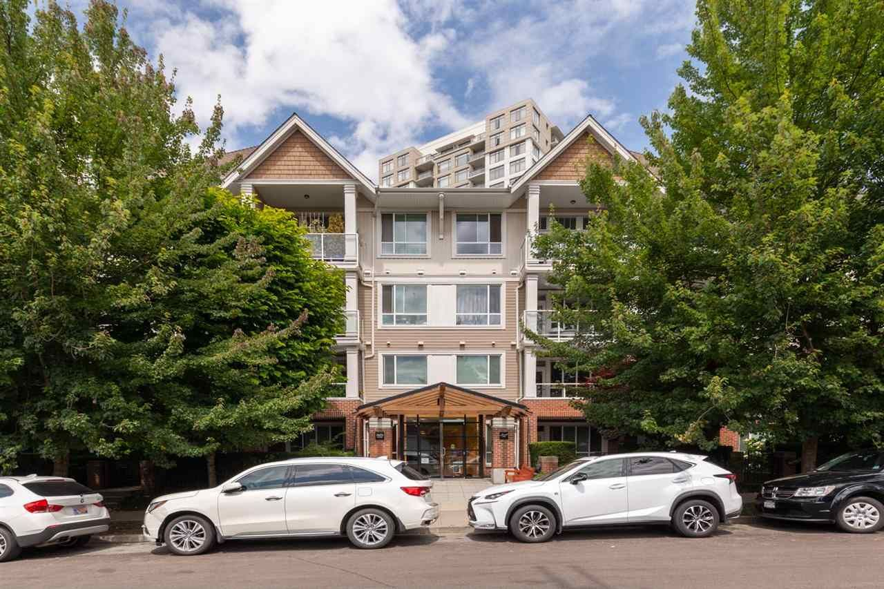 """Main Photo: 214 3651 FOSTER Avenue in Vancouver: Collingwood VE Condo for sale in """"FINALE"""" (Vancouver East)  : MLS®# R2389057"""