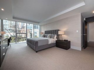 """Photo 9: 1510 HOMER Mews in Vancouver: Yaletown Townhouse for sale in """"THE ERICKSON"""" (Vancouver West)  : MLS®# R2334028"""
