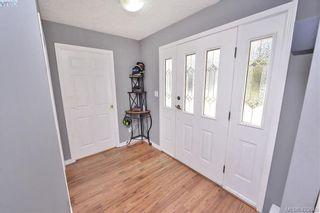 Photo 3: 2193 Bellamy Rd in : La Thetis Heights Half Duplex for sale (Langford)  : MLS®# 836619