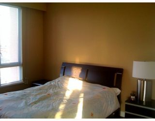 "Photo 5: 403 6220 MCKAY Avenue in Burnaby: Metrotown Condo for sale in ""GRAND CORNICHE"" (Burnaby South)  : MLS®# V798588"