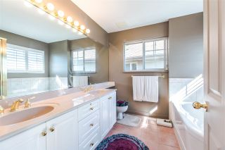 """Photo 14: 112 2979 PANORAMA Drive in Coquitlam: Westwood Plateau Townhouse for sale in """"DEERCREST"""" : MLS®# R2109374"""
