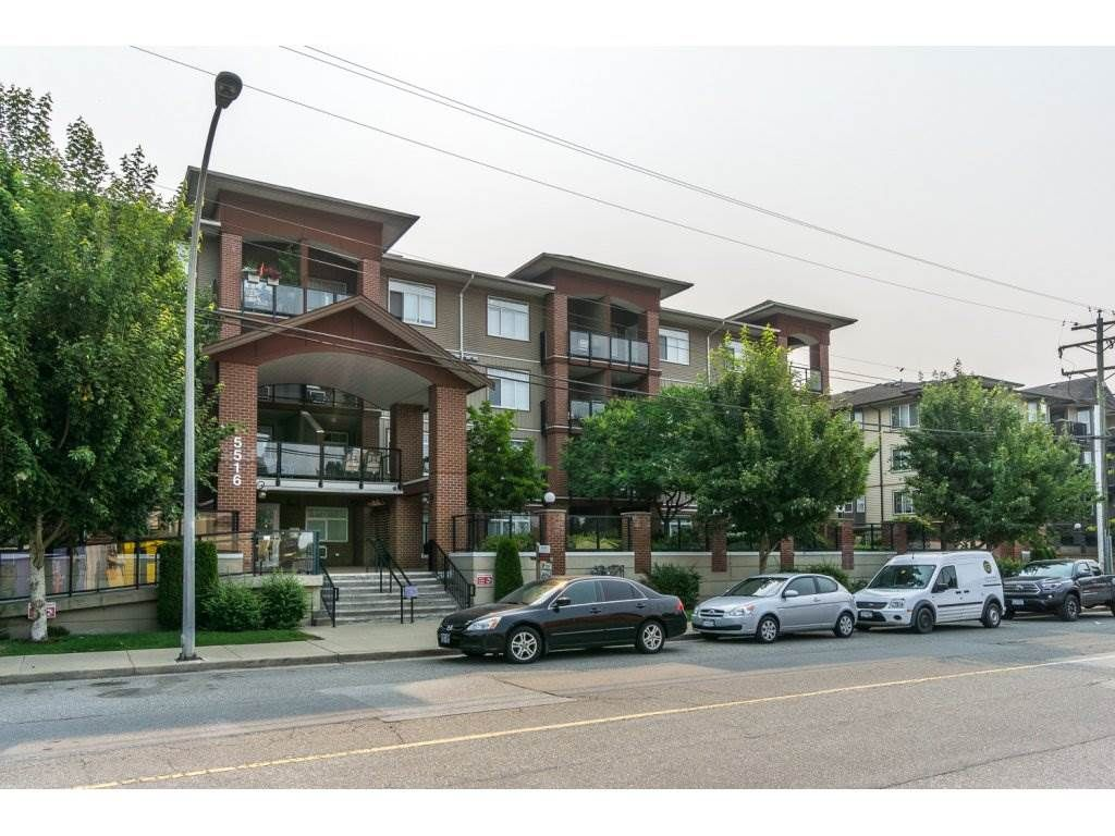 "Main Photo: 320 5516 198 Street in Langley: Langley City Condo for sale in ""MADISON VILLAS"" : MLS®# R2195126"
