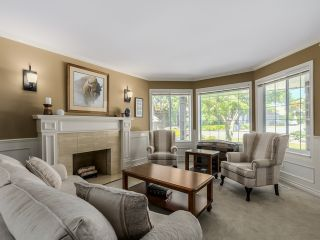 Photo 5: 5908 Boundary Place in Surrey: Panorama Ridge House for sale