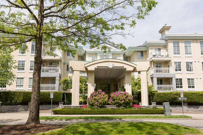 Main Photo: 308 5835 HAMPTON PLACE in Vancouver West: University VW Condo for sale ()  : MLS®# V1124878