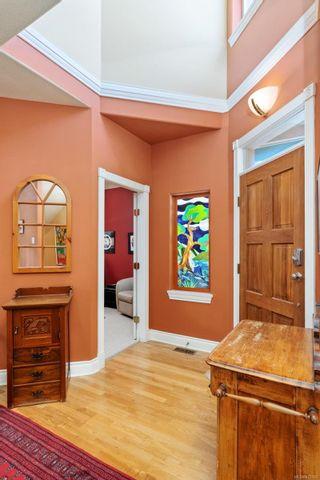 Photo 3: 25 520 Marsett Pl in : SW Royal Oak Row/Townhouse for sale (Saanich West)  : MLS®# 875193