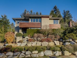 Main Photo: 1141 LAWSON Avenue in West Vancouver: Sentinel Hill House for sale : MLS®# R2580306