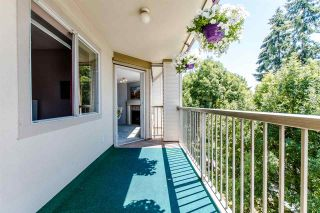 """Photo 19: 304 5450 208 Street in Langley: Langley City Condo for sale in """"Montgomery Gate"""" : MLS®# R2410335"""