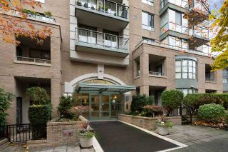 """Photo 1: 302 2288 PINE Street in Vancouver: Fairview VW Condo for sale in """"THE FAIRVIEW"""" (Vancouver West)  : MLS®# R2519056"""