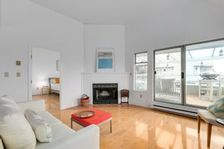 """Photo 5: 304 1665 ARBUTUS Street in Vancouver: Kitsilano Condo for sale in """"The Beaches"""" (Vancouver West)  : MLS®# R2612663"""