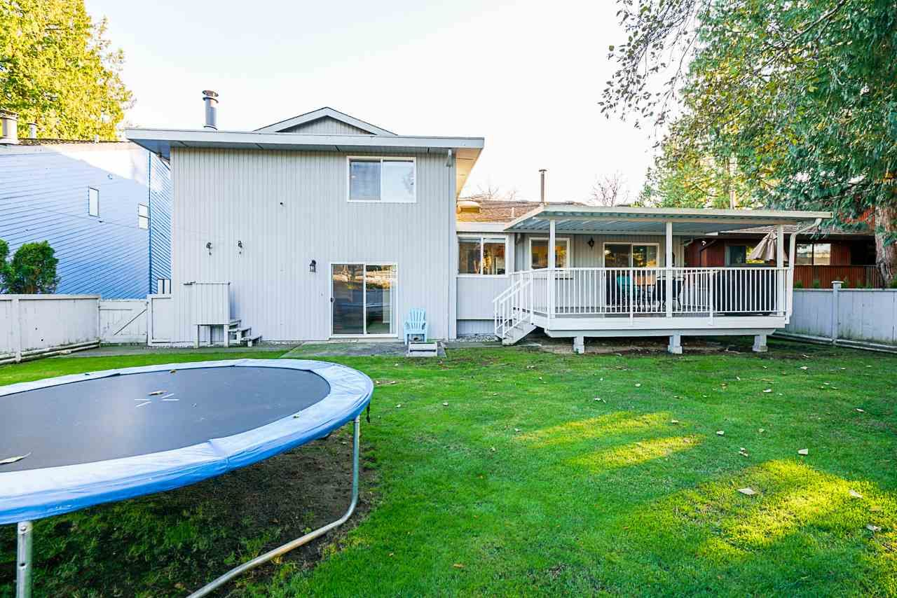 Photo 37: Photos: 12860 CARLUKE Crescent in Surrey: Queen Mary Park Surrey House for sale : MLS®# R2516199